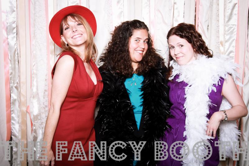 Creative photobooth backdrop, fancy photo booth, florida photo booth, modern photo booth, photo booth props, Ribbon photo backdrop, Sarasota event photography, Sarasota Party pics, Sarasota Photo Booth, The Fancy Booth, wedding photobooth sarasota